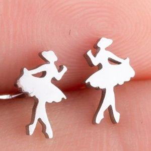 Jewelry - Stud ballerina shape Small earrings